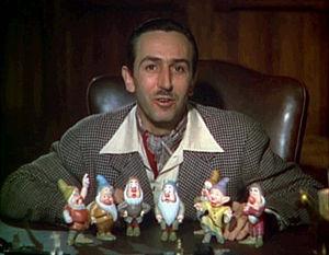 300px-Walt_Disney_Snow_white_1937_trailer_screenshot_(13)